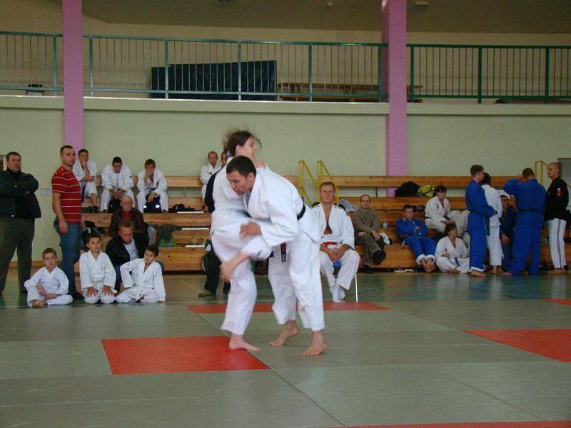 Zdjęcia z: Mistrzostwa Polski Kata Parami i Fighting Ju Jitsu - październik 2009