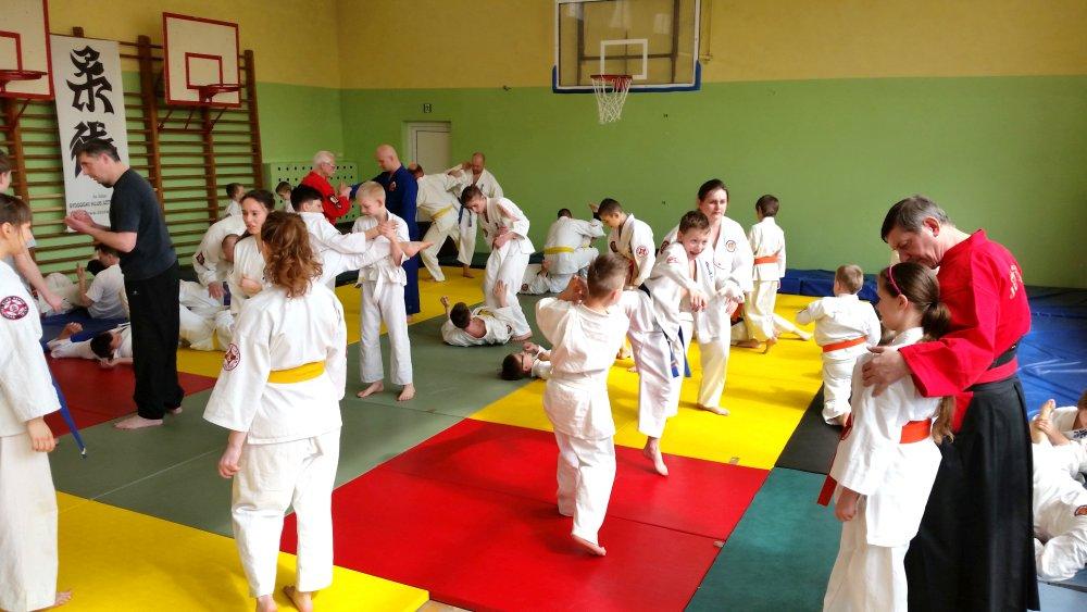 Zdjęcia z: 9.04.2016r. Ogólnopolskie Seminarium Ju Jitsu w Bydgoszczy
