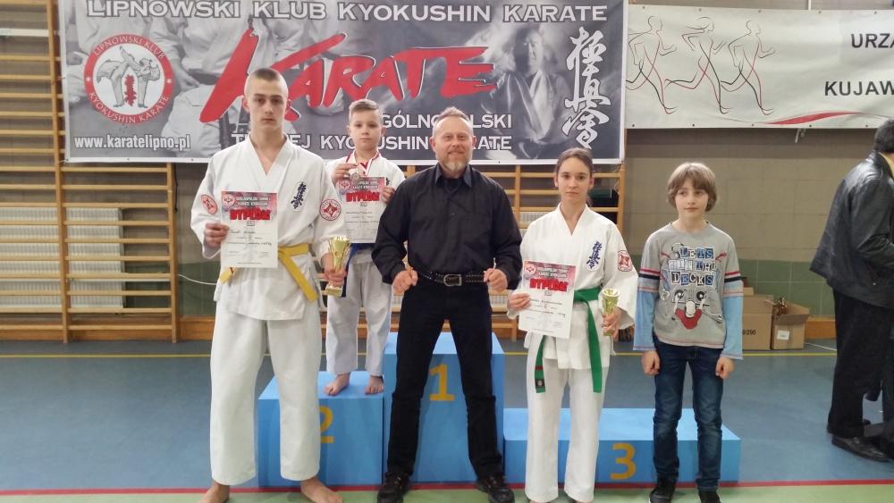 Zdjęcia z: Ogólnopolski Turniej Karate Kyokushin 30.05'16 w Lipnie
