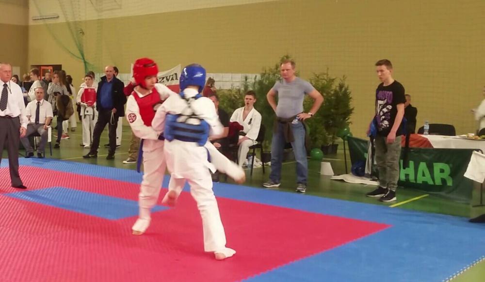 Zdjęcia z:     Mistrzostwa Makroregionu Karate Kyokushin w Resku 9.03.2019