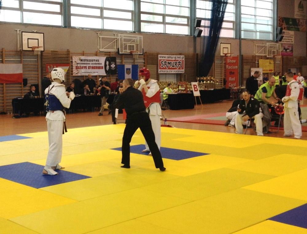 Zdjęcia z: 14.03.2015r.Mistrzostwa Makroregionu Karate Kyokushin w Grodzisku Wlkp.
