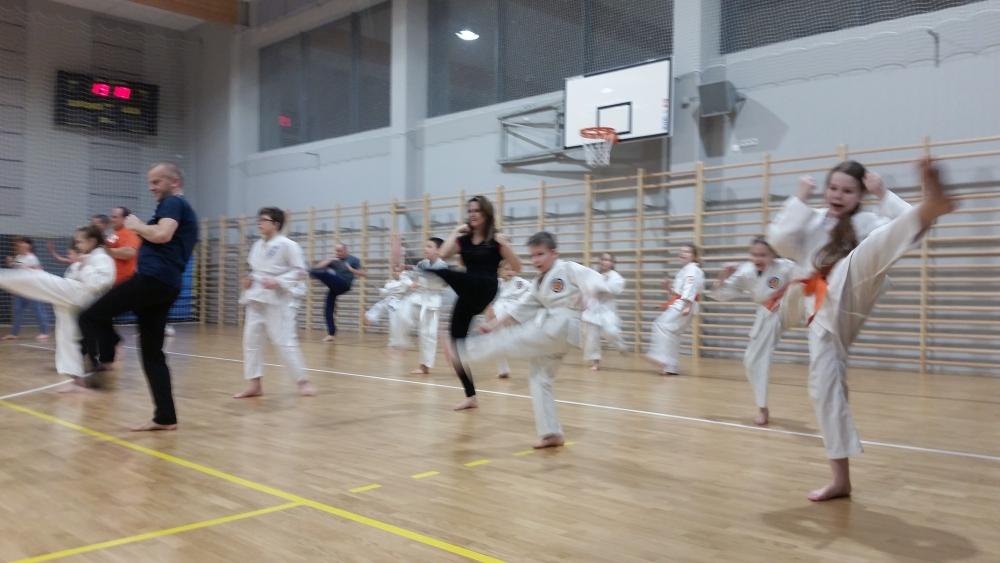 Zdjęcia z: Wspólne treningi z rodzicami w BKSzW - luty 2018