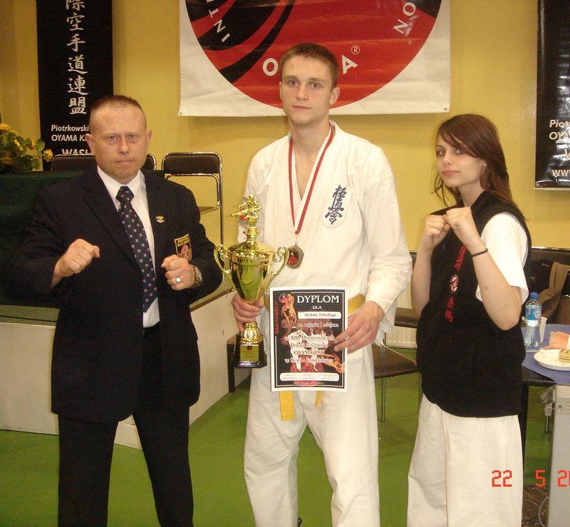 Zdjęcia z: Mistrzostwa Polski Karate w Piotrkowie Trybunalskim