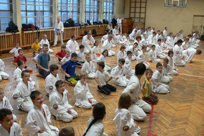 Zdjęcia z: Egzamin karate kyokushin - grudzień 2008
