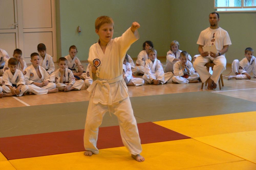 Zdjęcia z: Turniej BKSzW Kata Karate Kyokushin Przyjezierze 2014r.